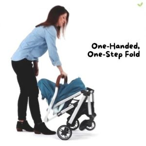 Mother folding her UPPAbaby MINU Stroller using one hand